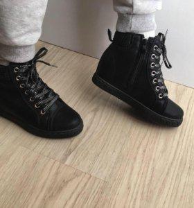 Ботинки 35 новые ОСЕНЬ 🍂