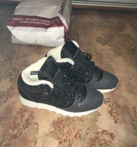 Утепленные ботинки Reebok