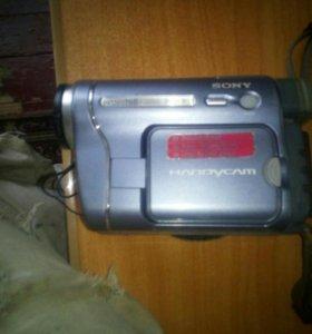 Видео камера Soni Hi-8
