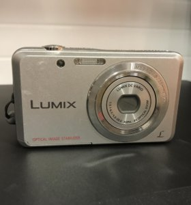 Цифровая фотоаппарат Panasonic Lumix