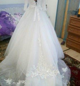 Новое свадебное платье прекрасное