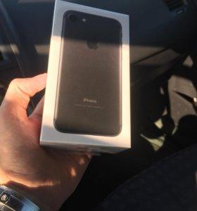iPhone 7 32gb Чёрный Матовый.Гарантия Apple 2 года