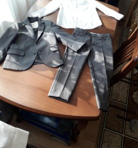 Костюм и рубашка для мальчика Zara рост 104
