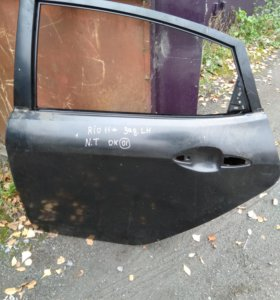 Задняя левая дверь на Kia Rio