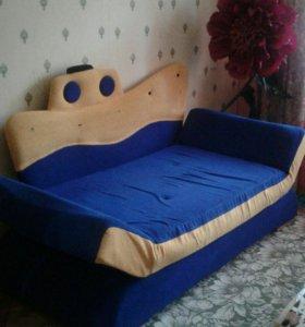 Детский диванчик кровать. Ширина85см, рост на 2.