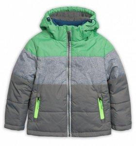 Куртка на мальчика р. 92 серая с зеленым