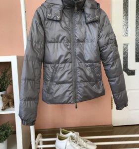 Серебристая куртка 42-44
