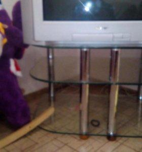 Тумба/Стол из стекла под ТВ.
