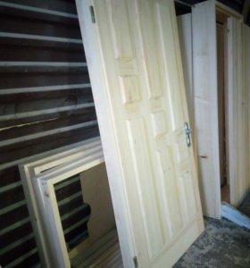Двери входные утеплённые, деревянные