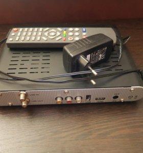 Спутниковый ресивер Триколор Full HD GS 8306.