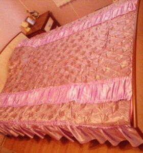 Прдам двухместную кровать с матрасом