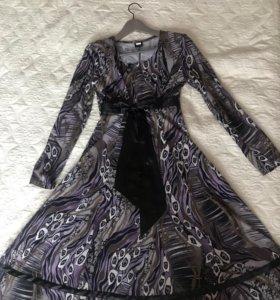 Платье трикотажное 44-46 размер
