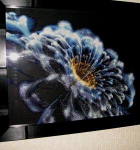 """Вышитая картина """"Космический цветок"""""""