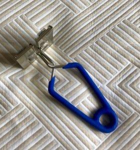Зажим для стяжки швов ковролина