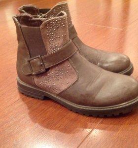 Осенние ботинки на девочку, размер 32