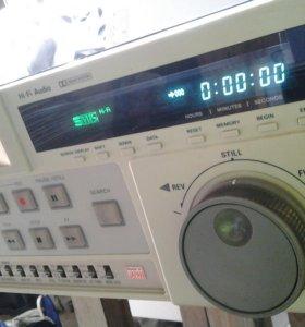 Видеомагнитофон Panasonic AG-7350 Hi-Fi S-VHS