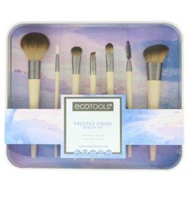 Кисти для макияжа EcoTools