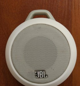 Портативная колонка JBL