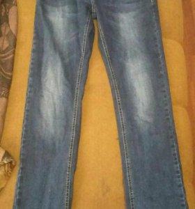 Новые мужские джинсы размер 30
