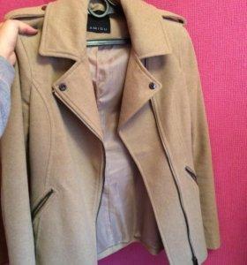 2 пальто по цене 1