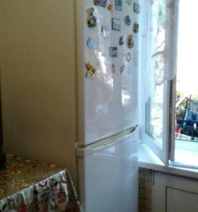 Холодильник .торг