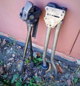 Инструмент для натяжения и резки стальной ленты.