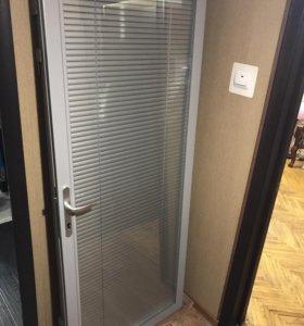 Офисные двери 2 штуки