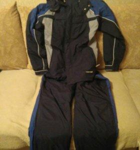 Спортивный утеплённый мужской костюм Reebok