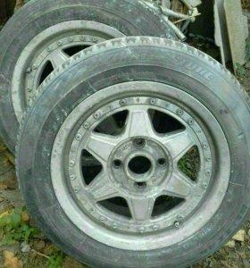 Колеса автомобильные с летней резиной б/у на 15