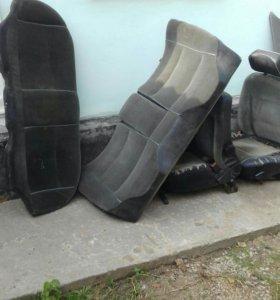 Набор сидений из автомобиля АУДИ 80
