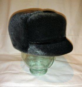 Зимняя мужская шапка из меха нерпы