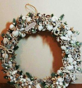 Рождественский венок и елка