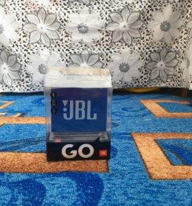 Портативная колонка JBL GO.