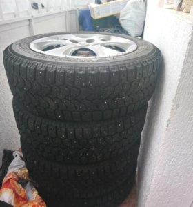 Колеса, шины, колпаки, диски.