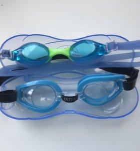 Очки и трубка для плавания
