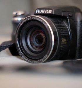 Fujifilm S4000 б/у