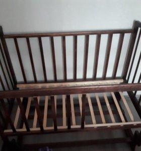 Кроватка детсякая + матрац