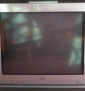 Цветной телевизор LG CT-29M60VE