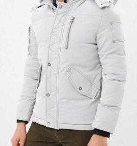Мужская зимняя белая куртка(новая со скидкой)