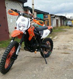 X-moto raptor 250