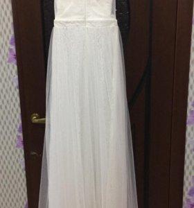 Платье абсолютно новое !