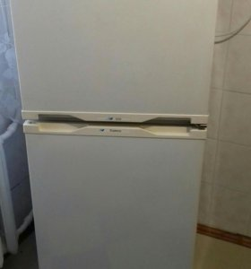 Холодильник двухкамерный Бирюса