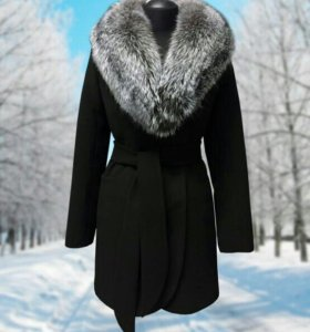 Продам пальто(мех чернобурка)