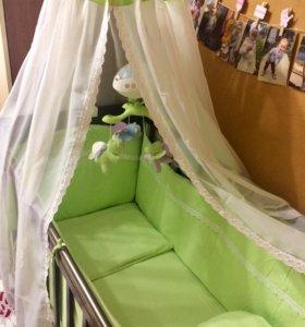 Бортики в кроватку +постельное белье