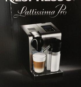 кофемашина De'Longhi Nespresso Lattissimo Pro