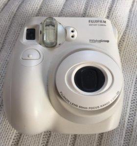Фотоаппарат полароид instax mini