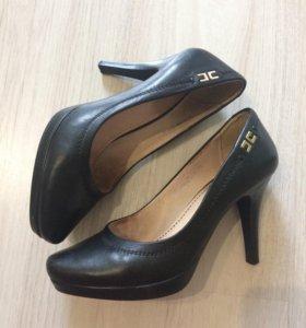 Туфли женские 33 размера Ricco