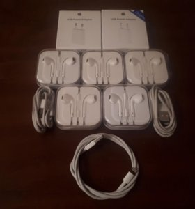Зарядки и наушники iPhone