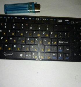 Блютуз клавиатура с тачпадом