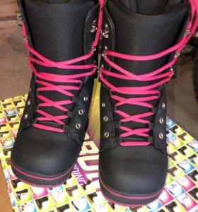 Сноубордические ботинки Forum